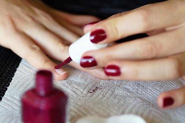esmalte de uñas sin tóxicos